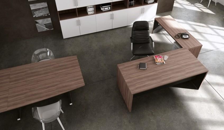 Biurko gabinetowe MARO TORIS, stół konferencyjny MARO L-LINE oraz szafy aktowe