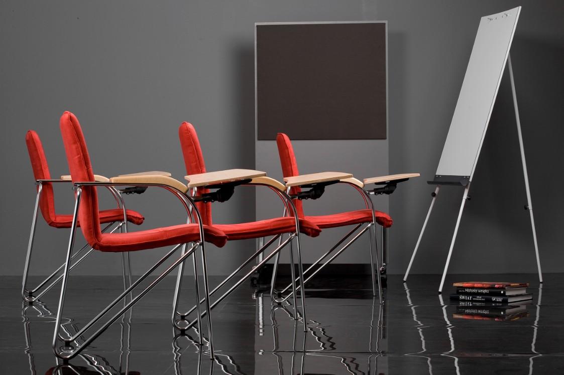 Krzesła audytoryjne Nowy Styl